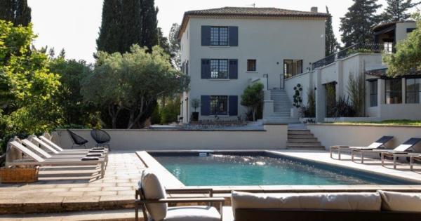 elegante-propriete-renovee-bastide-style-florentin-maison-amis-studio-a-vendre-aix-en-provence-terrasses-piscine