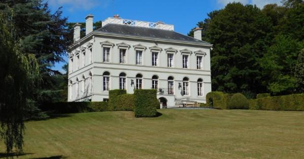 extraordinary-restored-directoire-style-mansion-for-sale-panoramic-terraces-vegetable-garden-greenhouse