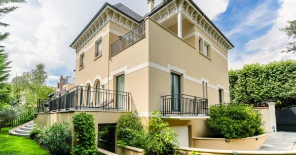propriete-a-vendre-proche-varenne-saint-hilaire-saint-maur-des-fosses-terrasses-jardin-paysager-garage
