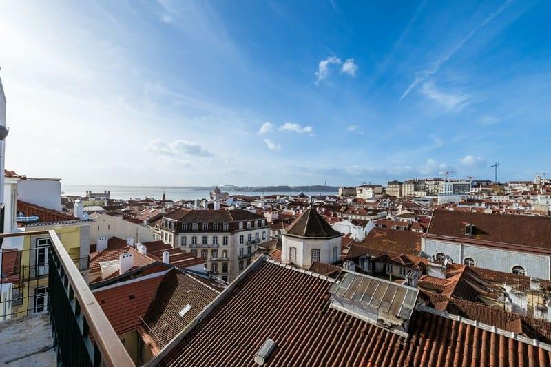 apartment-unique-view-city-river-for-sale-lisbon-furnished-decorated