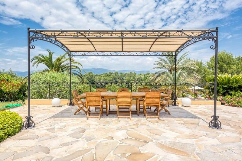 provencal-style-villa-for-sale-mougins-fireplace-terraces-landscaped-garden-heated-swimming-pool