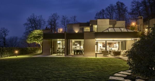 villa-prestige-a-vendre-a-piscine-sauna-garage-cave-vin