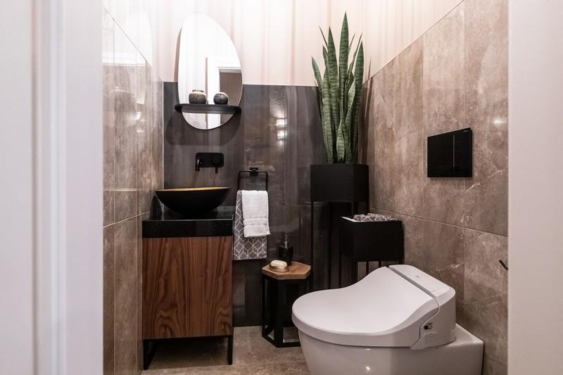 appartement-luxueusement-concu-renove-a-vendre-pest-parquets-carrelages-italiens