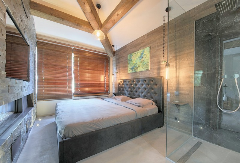 atypical-villa-wood-cladding-for-sale-gassin-terrace-jacuzzi-swimming-pool-garden