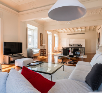 classic-luxury-apartment-double-reception-for-sale-chiado-district-lisbon
