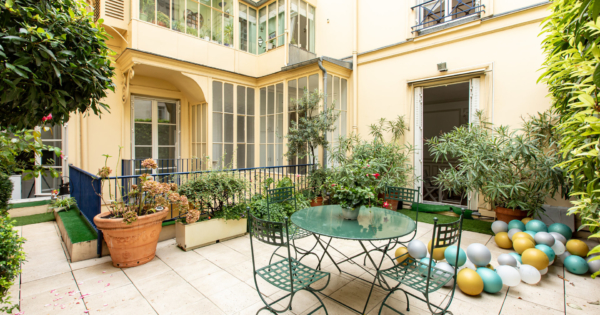 appartement-exception-1er-arrondissement-paris-terrasse-hauteur-sous-plafond-caves