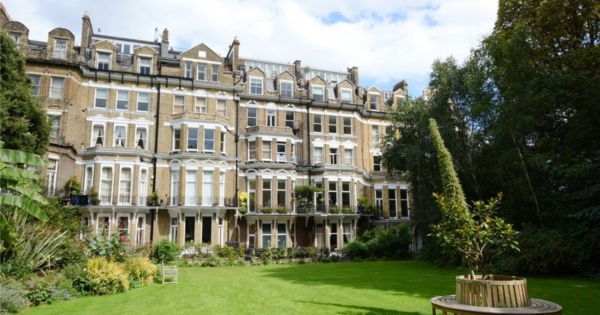 superb-classic-duplex-apartment-campden-hill-private-terrace-communal-garden