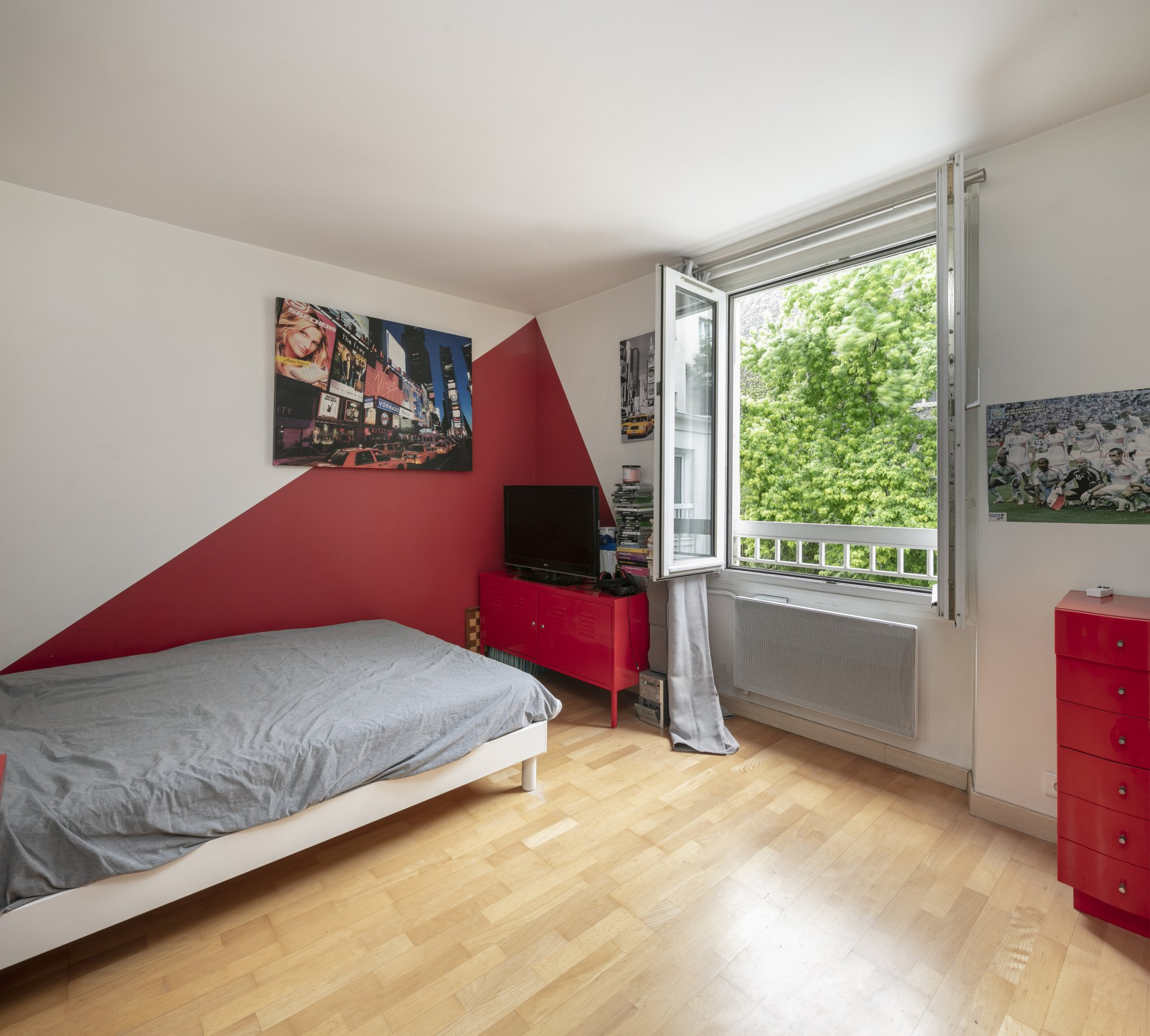 hotel-particulier-a-vendre-avenue-saint-mande-terrasse-local-commercial-verriere