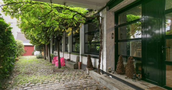 old-workshop-renovated-loft-for-sale-rueil-malmaison-fireplace-garage-cellar-attic-space