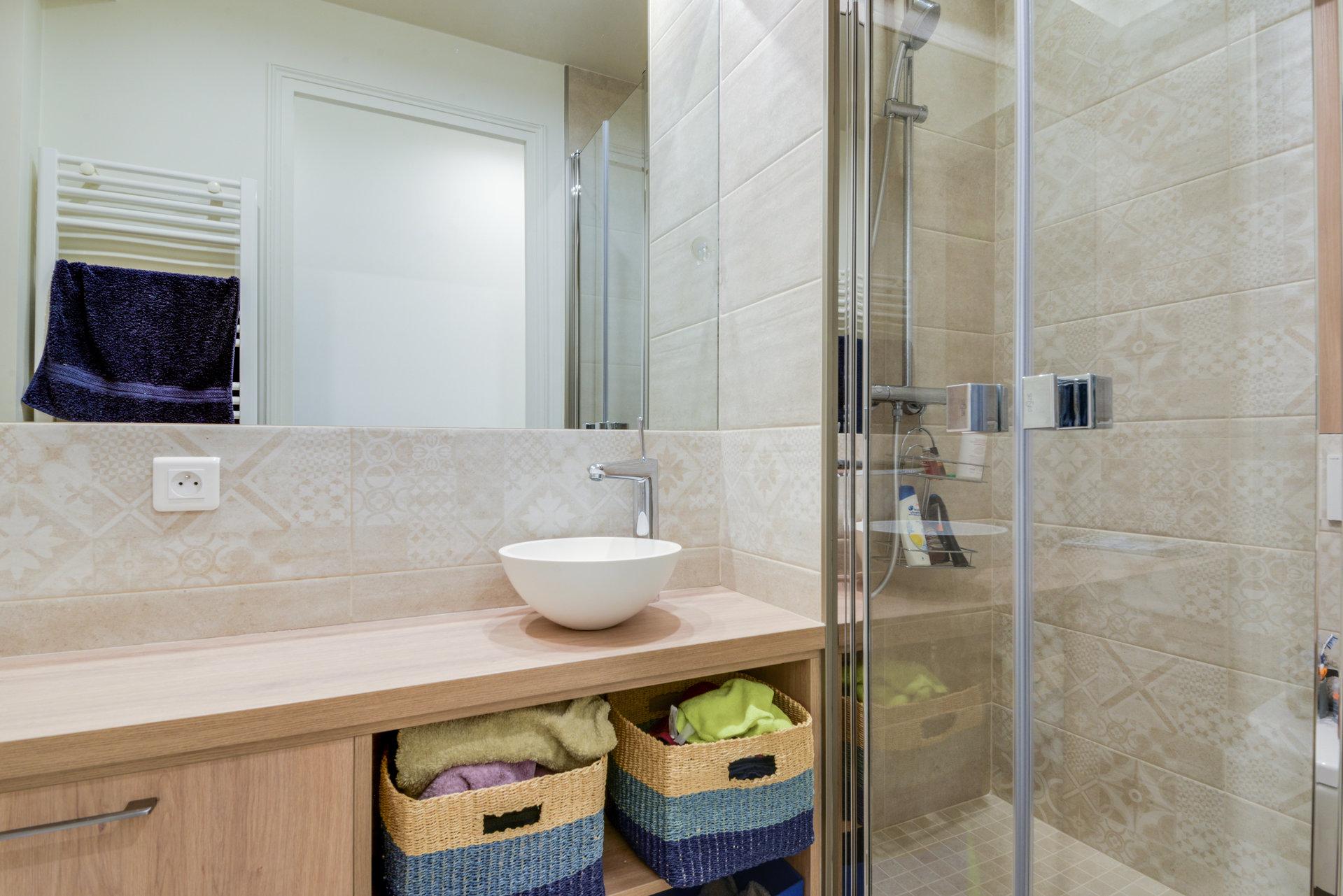 appartement-a-vendre-cave-cuisine-independante-decoration-contemporaine