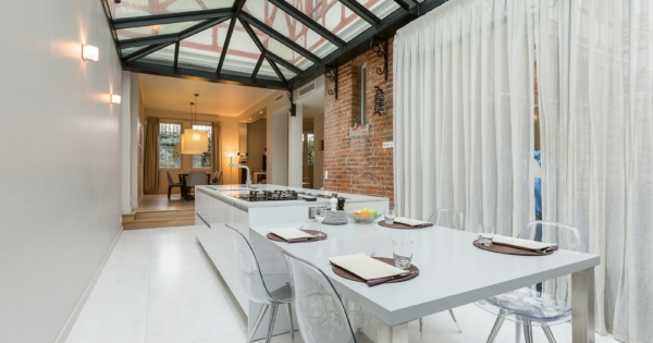 beautiful-house-for-sale-saint-mande-facing-bois-de-vincennes-fireplace-veranda-steam-room-laundry-room-workshop-garden