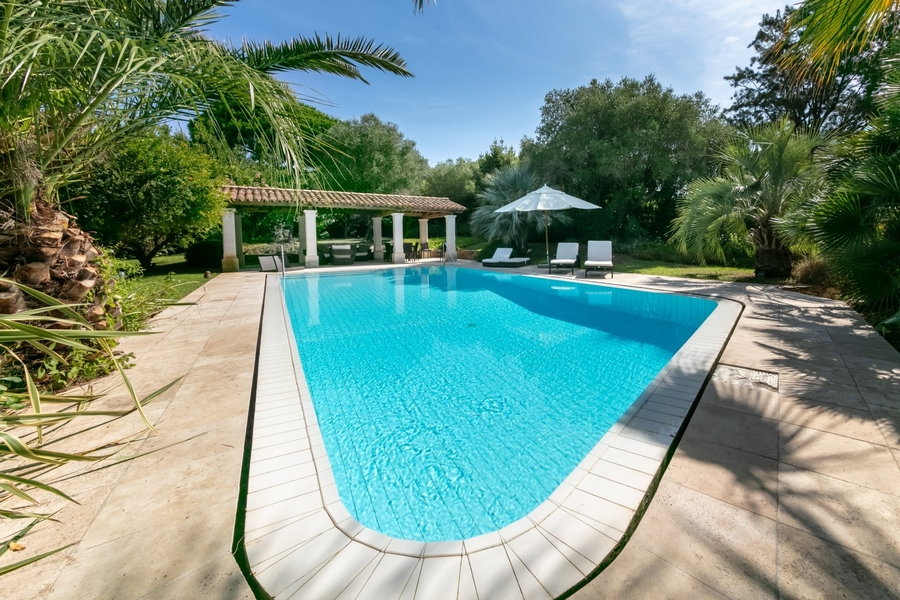 nice-house-for-sale-patios-garden-swimming-pool