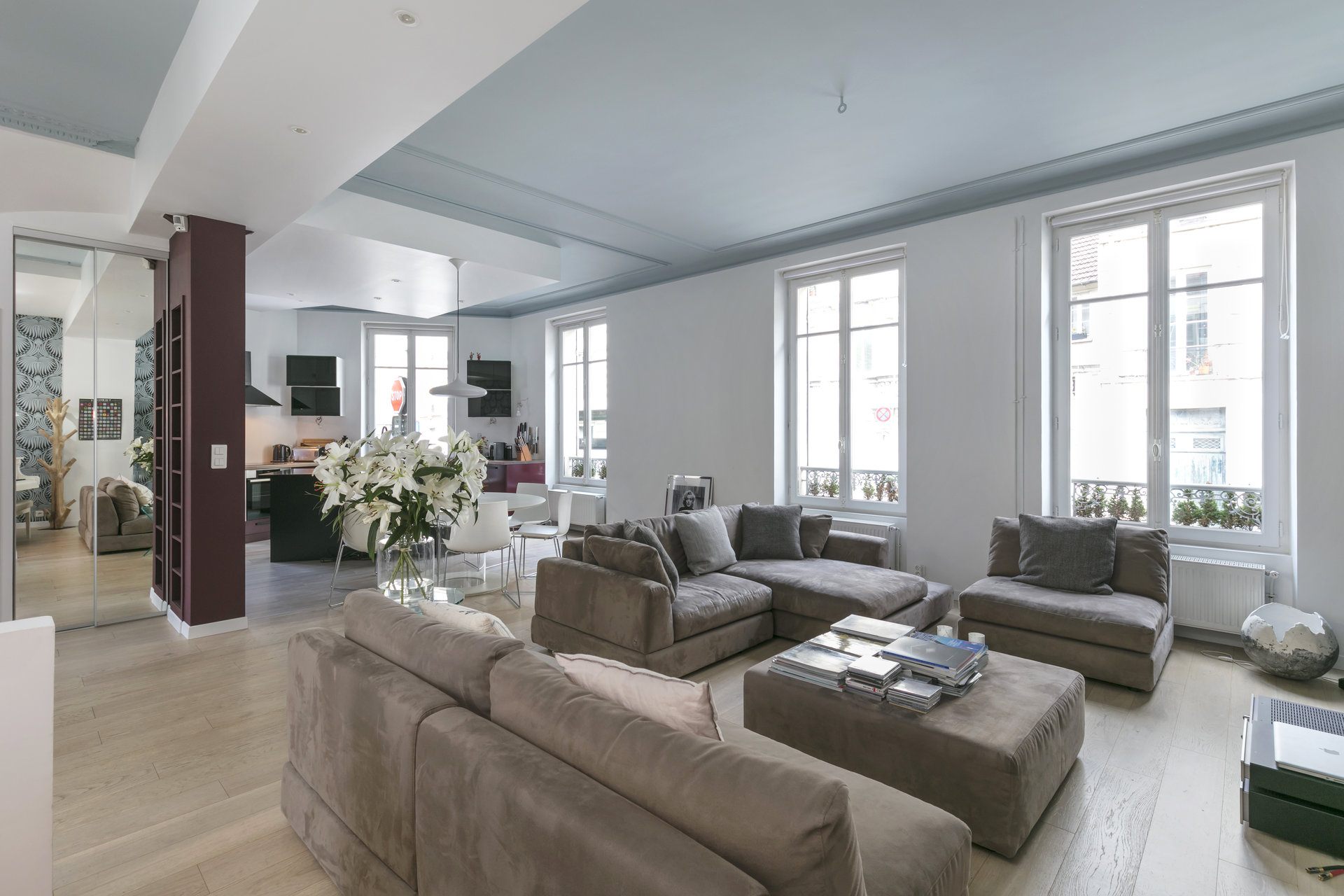 renovated-old-house-for-sale-saint-germain-en-laye-independent-studio-small-garden