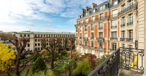 appartement-superbes-volumes-a-vendre-paris-office-caves-vue-grand-jardin