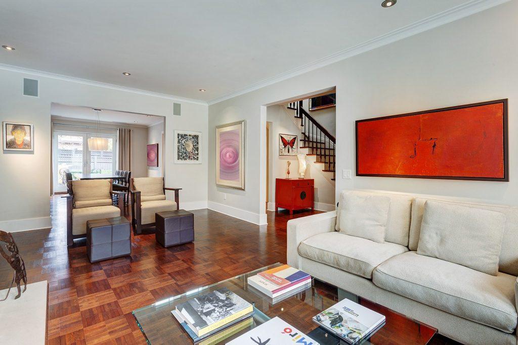 splendide-maison-ville-a-vendre-montreal-mille-carre-dore-terrasse-grand-jardin-garage