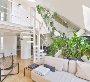 atypical-loft-for-sale-paris-3-turenne-period-charm-exposed-beams-luminosity