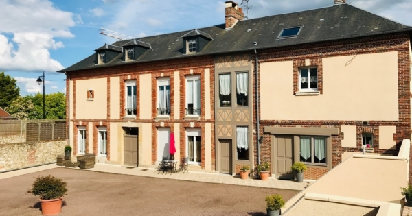 property-composed-two-hotel-particulier-style-houses-for-sale-honfleur-laundry-room-convertible-attic-parquet-moldings-woodwork