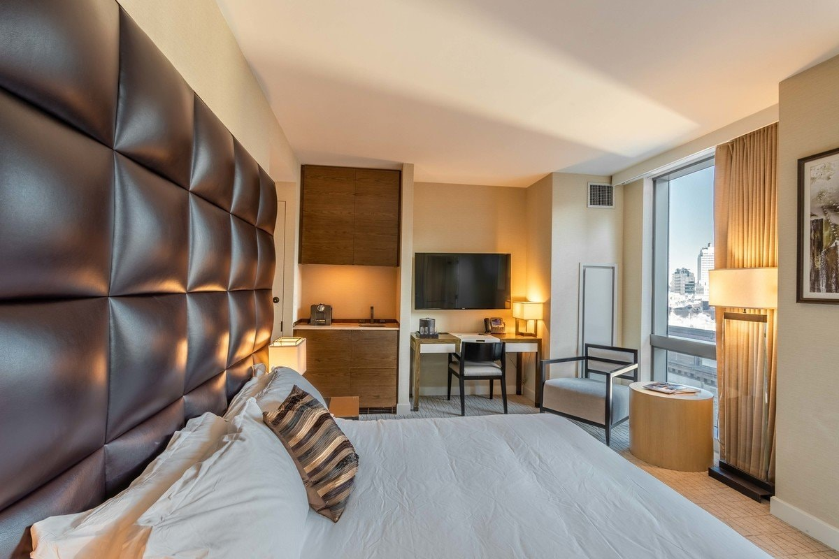 luxury-studio-for-sale-dominick-luxury-building-soho-manhattan-fully-furnished-floor-ceiling-windows-breathtaking-view