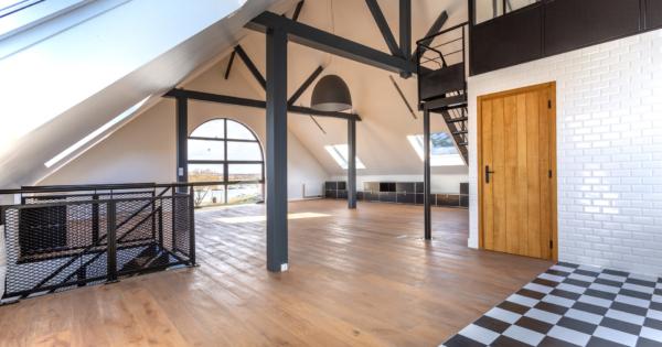 superbe-loft-duplex-refait-neuf-a-vendre-honfleur-superbe-vue-port-parquets-chene-massif-decoration-actuelle-parking
