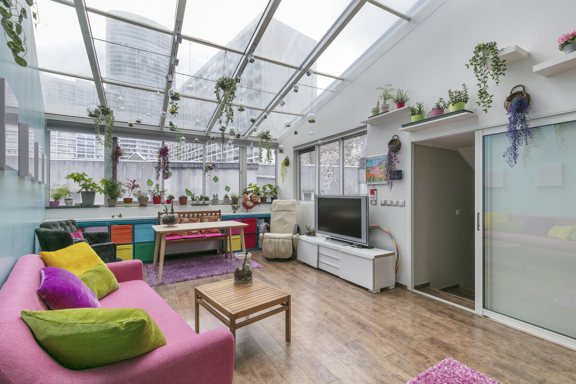 maison-contemporaine-architecte-a-vendre-puteaux-patio-vegetalise-climatisations-reversibles-prestations-haut-de-gamme