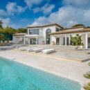 splendide-propriete-quartier-prise-domaine-beauvallon-a-vendre-prestations-haut-de-gamme-terrasse-teck-piscine-buanderie-double-garage
