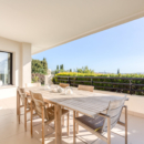 villa-contemporaine-familiale-lumineuse-prestations-raffinees-a-vendre-mougins-salon-cheminee-terrasse-plein-sud-piscine-pool-house